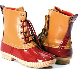 🆕Duck Boots Beautiful Color Read Description